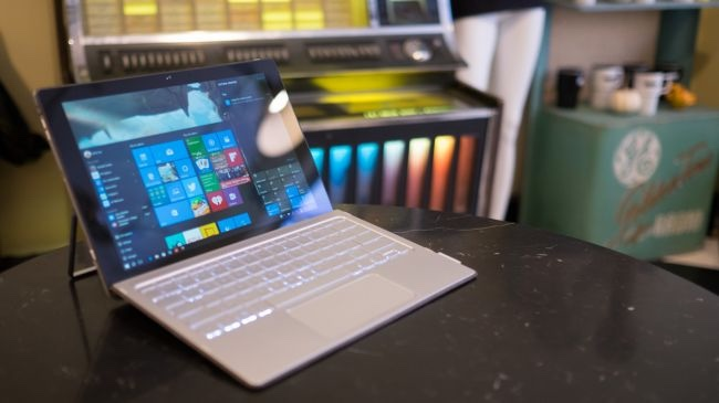 2. HP Spectre x2: CPU: 1.2GHz Intel Core m7-6Y75 | Graphics: Intel HD Graphics 515 | RAM: 8GB | Screen: 12-inch, 1,920 x 1,280 WUXGA+ IPS WLED-backlit touch screen | Storage: 256GB SSD | Connectivity: Intel 802.11ac (2x2), Bluetooth 4.0, LTE | Camera: 5MP HP TrueVision HD front-facing webcam, 8MP rear-facing camera, Intel RealSense 3D R200 camera | Weight: 1.87 pound | Dimensions: 11.81 x 8.23 x 0.52 inches